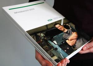 VDA-Jahresbericht-2-21.419.jpg