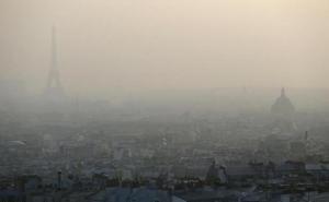 tour-eiffel-masquee-nuage-pollution-11-mars-2014-a-paris-1528506-616x380.jpg